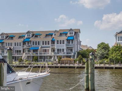 Chesapeake Beach Townhouse For Sale: 8051 Windward Key Drive