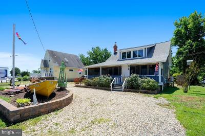 Chesapeake Beach Single Family Home For Sale: 5131 Breezy Point Road