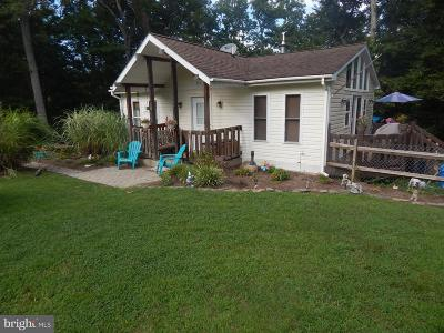 Calvert County Single Family Home For Sale: 424 Round Up Road
