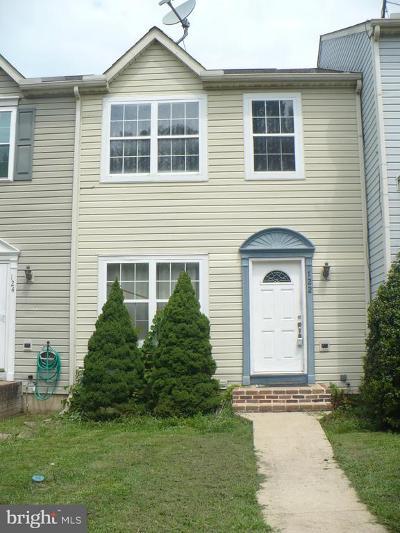 Elkton Townhouse For Sale: 122 Cherry Tree Lane