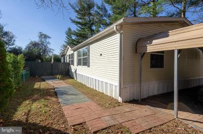 North East Mobile/Manufactured Under Contract: 12 Westover Place