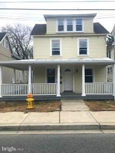 Elkton Single Family Home For Sale: 232 Main Street W