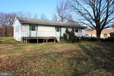 Elkton Single Family Home For Sale: 611 E Pulaski Highway