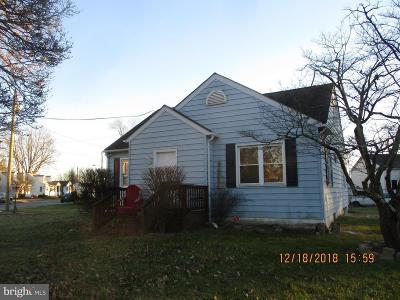 Elkton Single Family Home For Sale: 325 Hollingsworth Street