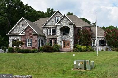 Cecil County Single Family Home For Sale: 15 Deer Creek Lane
