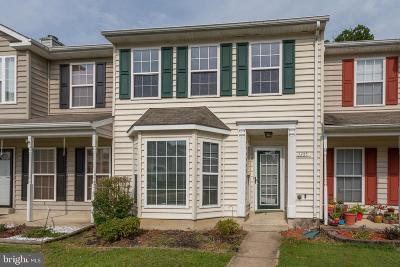 Waldorf Townhouse Active Under Contract: 2355 Hazelwood Court