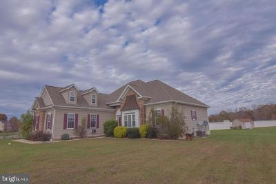 Hughesville Single Family Home For Sale: 7340 Stoneleigh Court