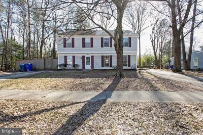 Waldorf Single Family Home Active Under Contract: 703 Barrington Drive