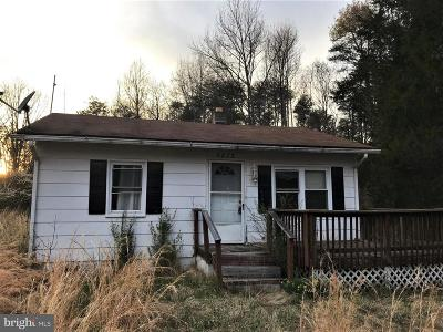 Saint Marys County, Charles County, Calvert County Single Family Home For Sale: 8875 Jacksontown Road
