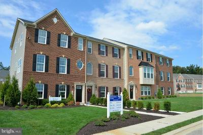 Waldorf MD Townhouse Under Contract: $336,969