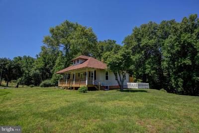 Hughesville Single Family Home For Sale: 5885 Brandywine Road