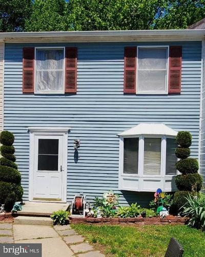 La Plata Townhouse For Sale: 104 Little Creek Lane