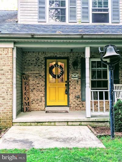 Waldorf Single Family Home For Sale: 14205 Meadow Creek Lane