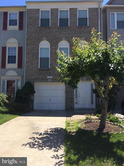 Waldorf MD Multi Family Home For Sale: $305,000