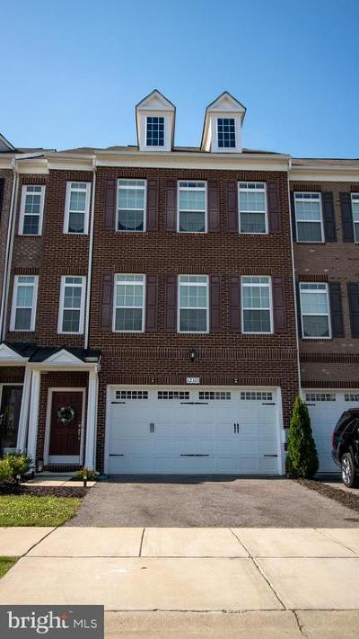 Waldorf Townhouse Under Contract: 12320 Sandstone Street