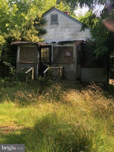 La Plata Single Family Home For Sale: 6165 Bivins Place
