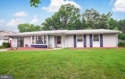 Charles County Single Family Home For Sale: 2733 Pinewood Drive