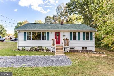 La Plata Single Family Home For Sale: 111 W Hawthorne Drive