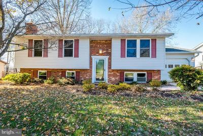 Sykesville Single Family Home For Sale: 7090 Macbeth Way