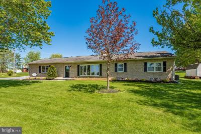 Westminster Single Family Home For Sale: 213 Hook Road