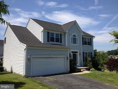 Single Family Home For Sale: 557 Hidden Stream Court