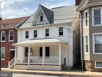 Taneytown Single Family Home For Sale: 17 York Street