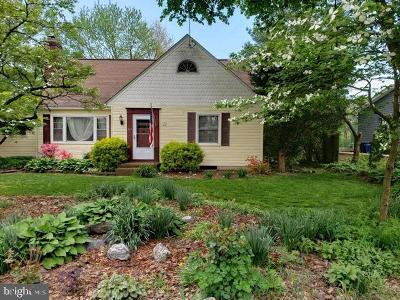 Westminster Single Family Home For Sale: 515 Poplar Avenue
