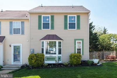 Hampstead Townhouse Active Under Contract: 4821 Hillock Lane