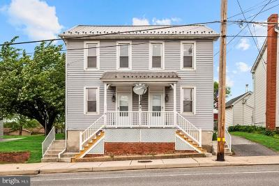 Taneytown Single Family Home For Sale: 126 W Baltimore/126 Street