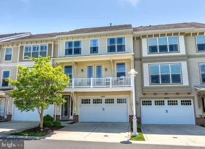 Cambridge Townhouse For Sale: 2802 Persimmon Place