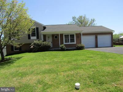 Frederick County Single Family Home For Sale: 3317 Yorkshire Court