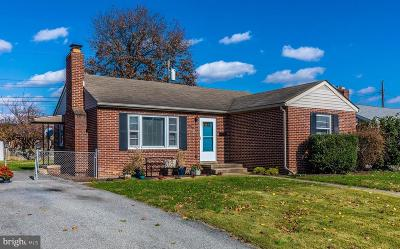 Frederick Single Family Home For Sale: 809 Shawnee Drive