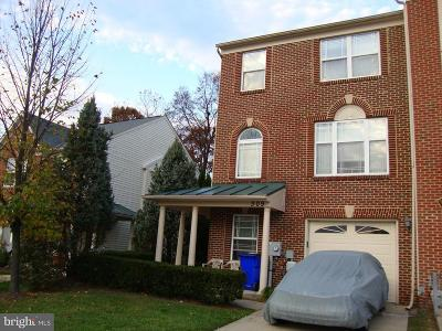 Frederick County Townhouse For Sale: 309 Willowglen Avenue