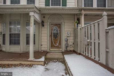 Frederick Townhouse For Sale: 580 Hollyberry Way