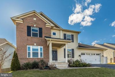 Frederick Single Family Home For Sale: 1108 Lakin Drive