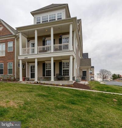 New Market Townhouse For Sale: 6800 Chickadee Lane