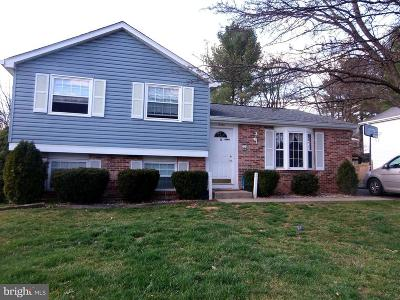 Frederick Single Family Home For Sale: 5681 Pebble Drive