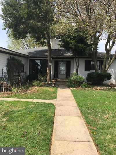 Single Family Home Under Contract: 6118 Jefferson Boulevard