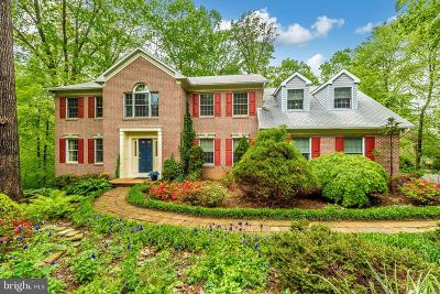 New Market Single Family Home For Sale: 6804 Cherry Tree Court