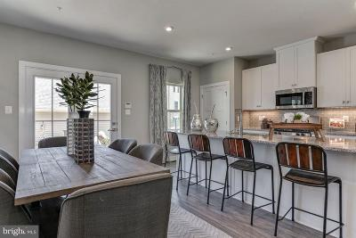 New Market Townhouse For Sale: 5826 Pecking Stone Street