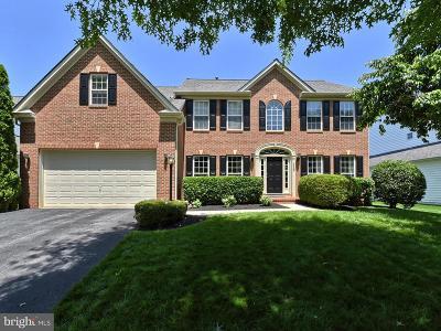 Middletown Single Family Home For Sale: 110 Tobias Run