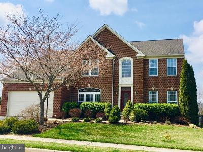 Middletown Single Family Home For Sale: 205 N Pointe Terrace