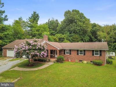 Woodsboro Single Family Home For Sale: 11103 Dublin Road