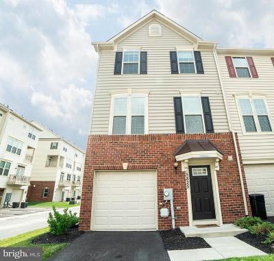 Ijamsville Townhouse For Sale: 5825 Rochefort Street