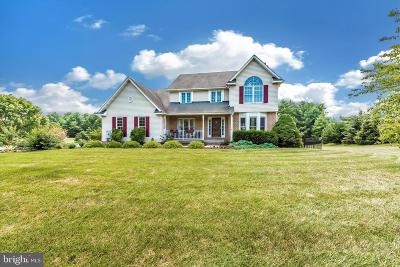 Woodsboro Single Family Home For Sale: 300 Copper Oaks Drive