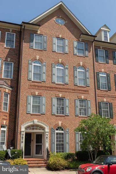 Frederick Townhouse For Sale: 3677 Springhollow Lane #3677