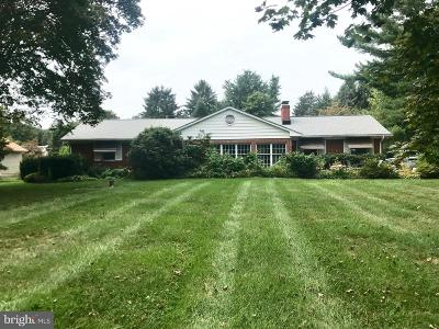 Frederick MD Single Family Home For Sale: $335,000