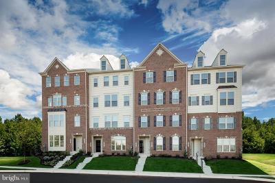 Ijamsville Condo Under Contract: 5928 Etterbeek Street #4A