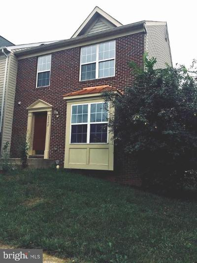 Frederick MD Townhouse For Sale: $255,000