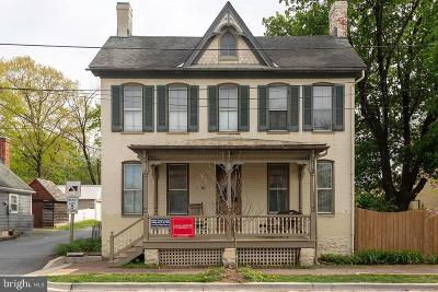 New Market Single Family Home For Sale: 68 W Main Street